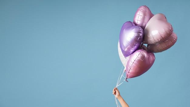 Композиция из различных воздушных шаров на день рождения