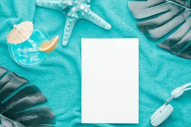Состав бумажных коктейльных наушников морская звезда и листья растений