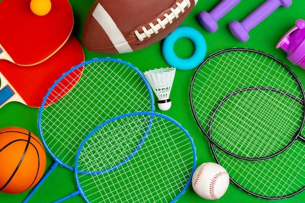 Состав спортивного инвентаря для фитнеса и игр