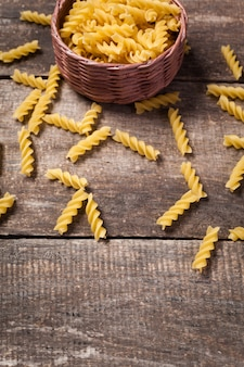 Composition of raw pasta