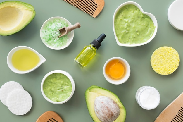 Composition of spa treatment avocado and citrus