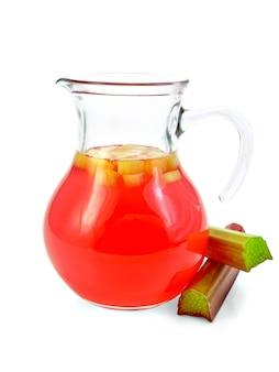 유리병에 든 대황에서 설탕에 절인 과일, 흰색 배경에 격리된 대황 줄기