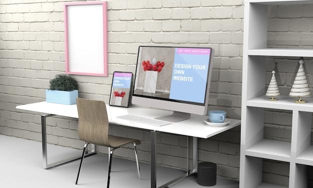 사무실 책상에 컴퓨터와 태블릿