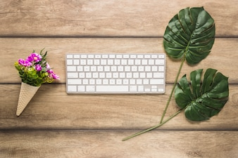Computer keypad with leafs and flowers