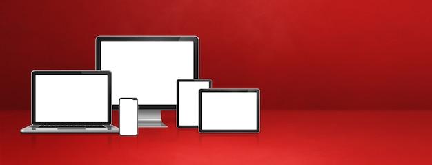 Компьютер, ноутбук, мобильный телефон и цифровой планшетный пк - баннер красный офисный стол. 3d иллюстрации