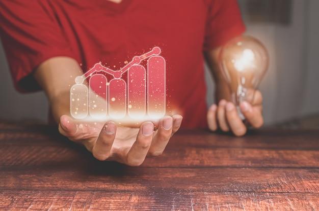 주식 및 소득 성장에 투자하는 사업 사람들의 개념