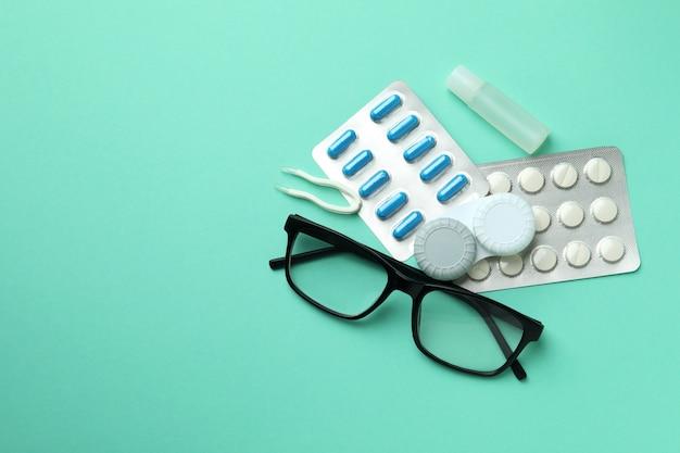 目、ヘルスケアのためのコンタクトレンズの概念
