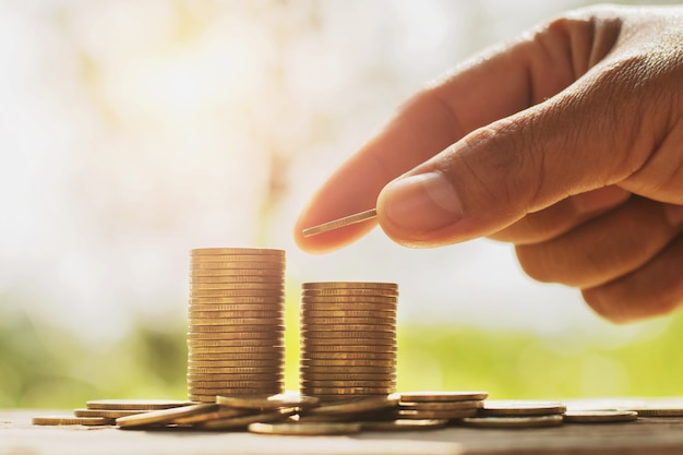 사업 금융 및 회계와 돈을 절약 개념