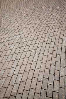 보행자 경로의 콘크리트 타일