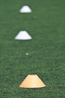 Конусы для обучения футболу