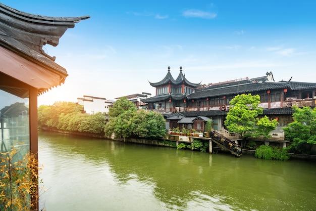 Живописное место храма конфуция в нанкине, китай
