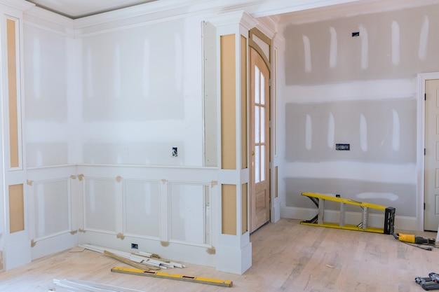 건설 건축 산업 새 주택 건설 인테리어 마른 벽에서 나온 테이프 새 집