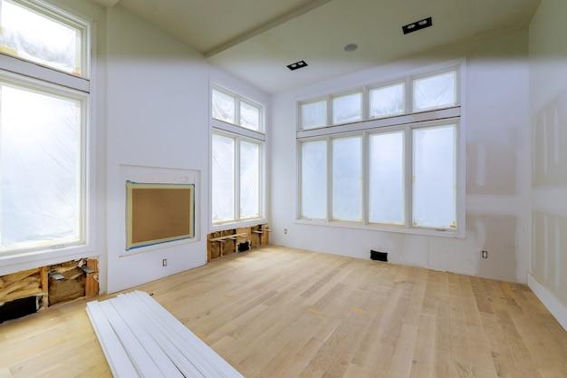 建設建築業界の新しい住宅建設インテリア乾式壁テープと未完成の詳細をインストールする前に新しい家