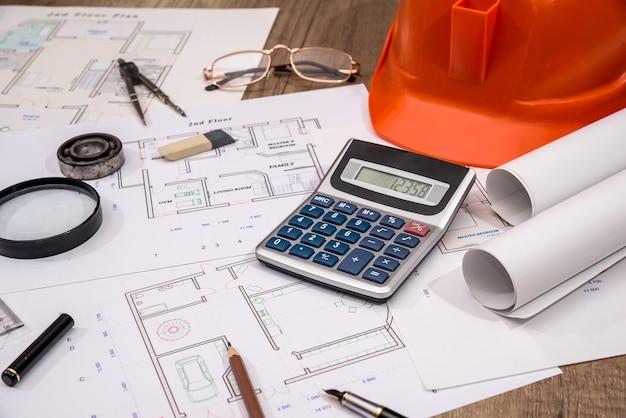 건설 개념-건축 프로젝트, 청사진, 헬멧, 측정 테이프