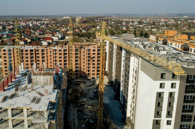 Construction and construction of high-rise buildings, the construction industry with working equipment and workers.