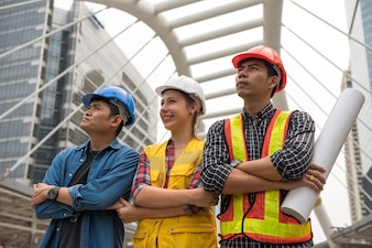 Construction Engineer team in city