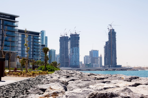 The construction of high-rise buildings in dubai