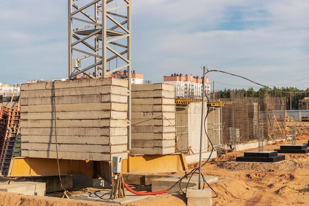 Construction of a monolithic reinforced concrete house. modern building technologies. monolithic reinforced concrete grillage.
