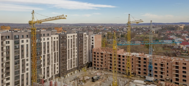 Construction of a new multi-story residential complex