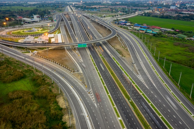 Construction of a new ring road interchange