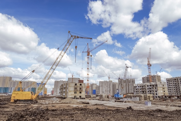新しいアパートの建設