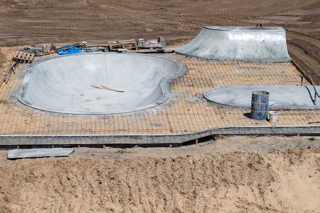 Construction skate road