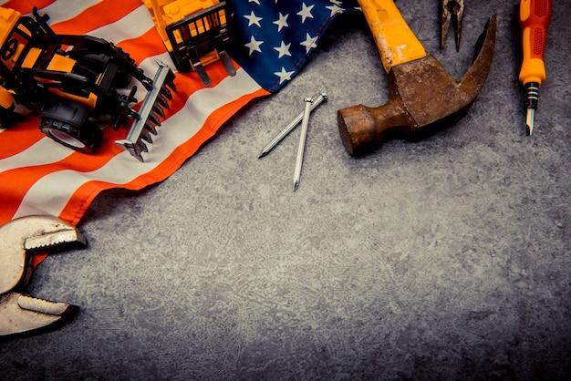 노동절 복사 공간이 있는 건설 도구