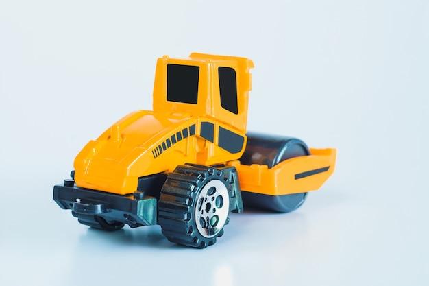 건설 차량 및 중장비 산업용 차량 노란색 도로 롤러.
