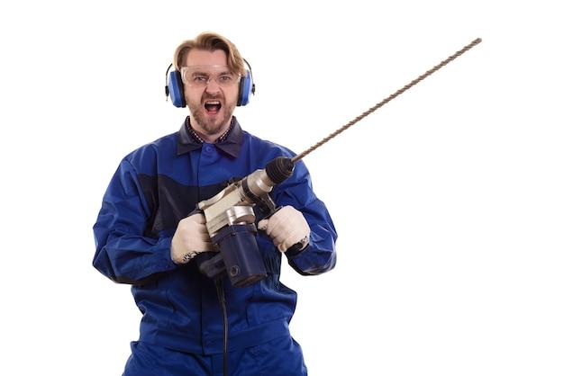 パンチャーの悲鳴を上げる建設労働者