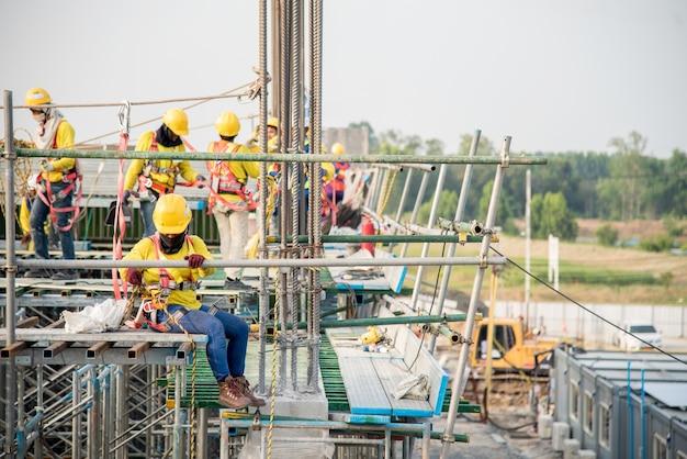 建設労働者