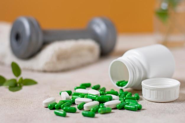 Container with pills arrangement