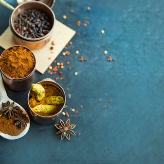 Containers with spices composition