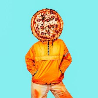 Коллаж современного искусства. минимальная концепция любителя пиццы. пицца и апельсиновый человек