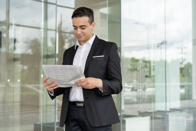 Content financial broker learning market news