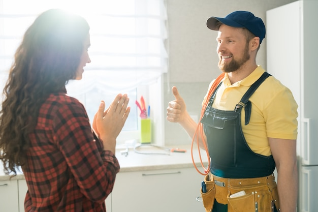 Content handyman has repaired breakdown in flat