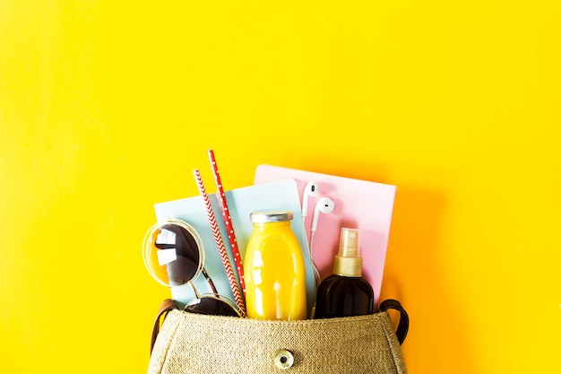 Contents of the summer women's bag