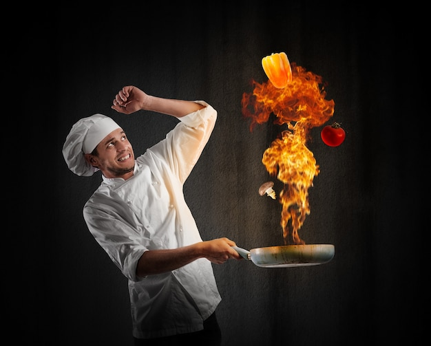 キッチンで大爆発するシェフを料理する