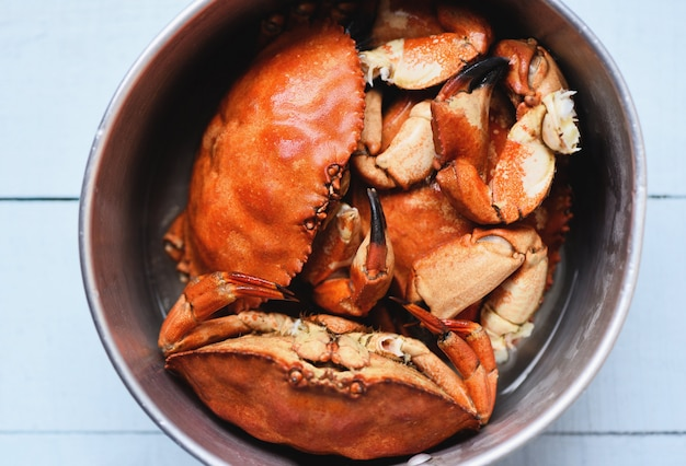 Cooked crab on steamer pot