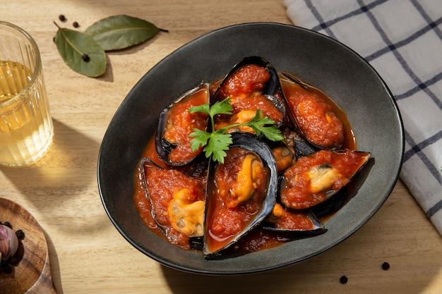 ムール貝の香辛料煮