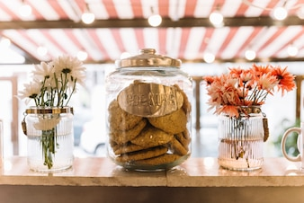 Cookie jar flowers vases