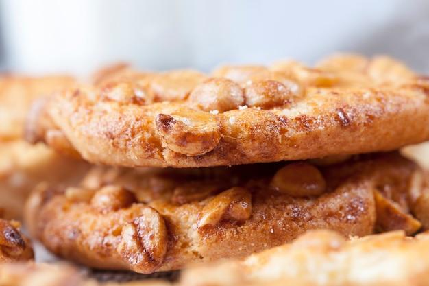 クッキーとピーナッツ
