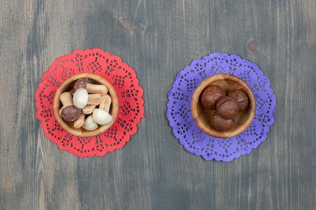 흰색 절연 버섯 모양 쿠키