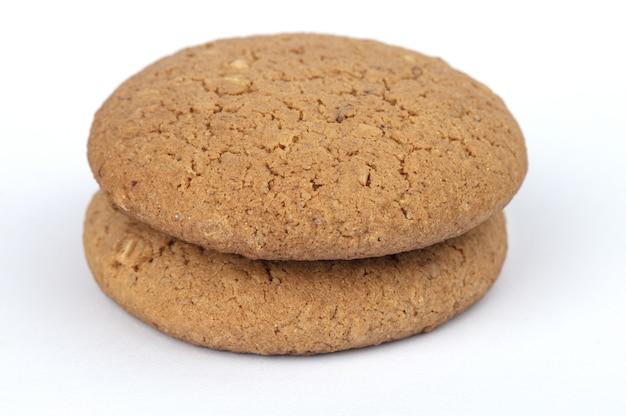 흰색 표면에 고립 된 쿠키