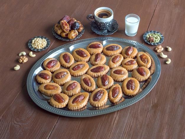 El fitr islamic feastのクッキー。
