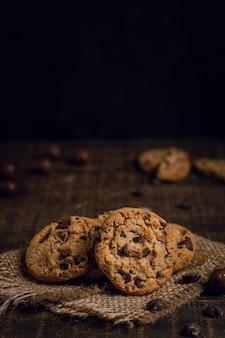 Cookies with chocolate chips on burlap fabric