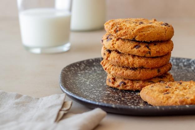 チョコレートのクッキー。ペストリー。朝ごはん。レシピ。