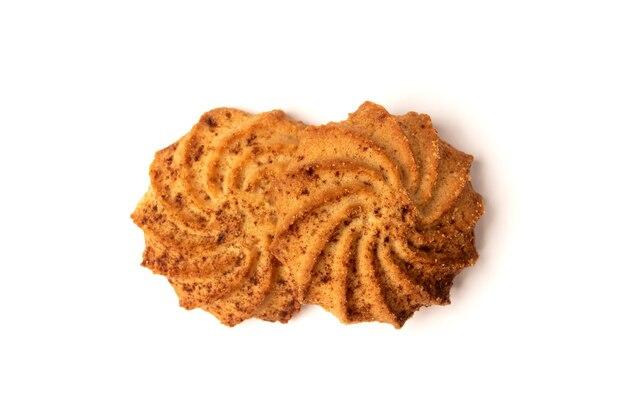 シナモンが分離されたクッキー。