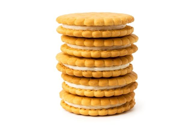 白のクリームとクッキーをクローズアップ。