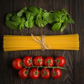 本格的なイタリアンパスタを調理。スパゲッティの材料