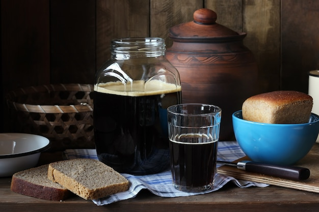 Cooking at home kvass from rye bread